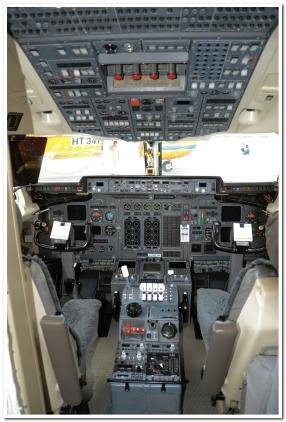 bomber-391-flightdeck
